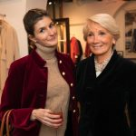 Maria Vittoria Cusumano brinda nella boutique di Scapa