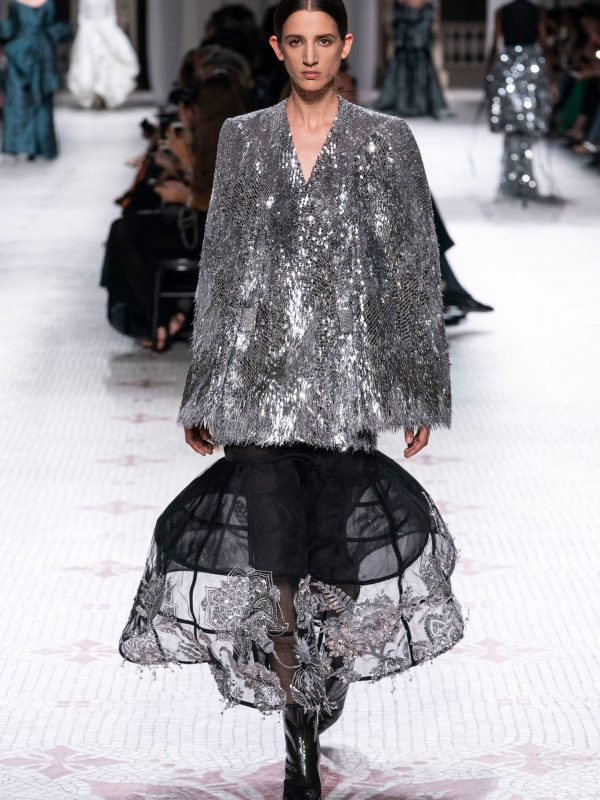 mvcmagazine-hautecotoure-Givenchy