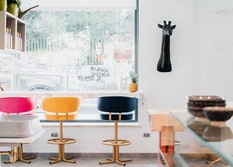 Foto degli interni del Nomad Bar di roma Parioli.